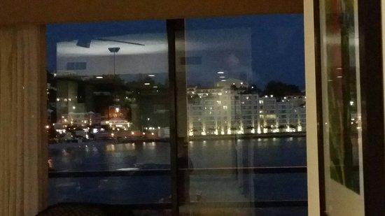 Royal Palm Beach Resort : View room at night