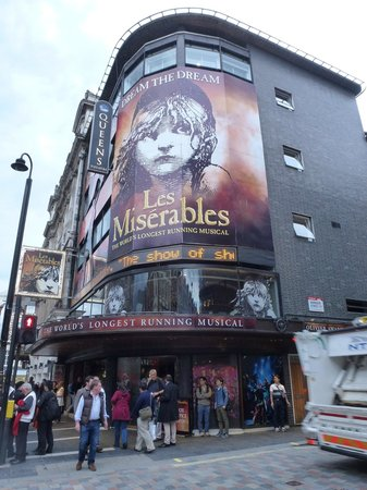 Les Miserables London: You should have no trouble for finding the theater.