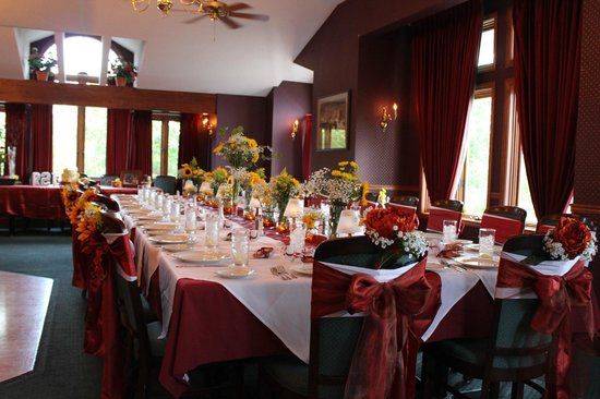 Gabriel's: Private Milano room. No extra charge! personal decorations