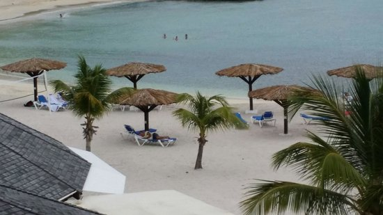 Royal Palm Beach Resort: View from balcony