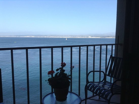 Monterey Plaza Hotel & Spa: View from our oceanfront room