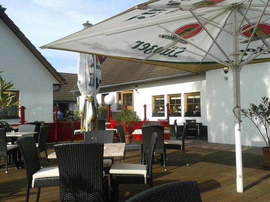Restaurant Birkenhof: Die Terrasse im Birkenhof