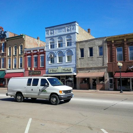 Historic Downtown: Old Main Street Hastings