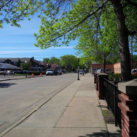 Historic Downtown: Side street in Hastings