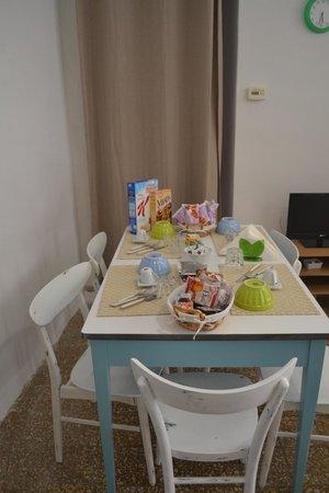 Alla Marina: Complimentary Breakfast
