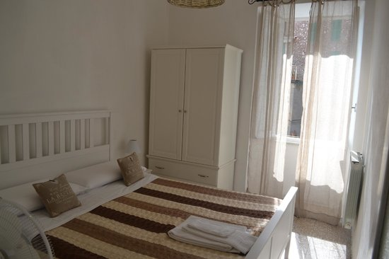 Alla Marina: One of the bedrooms