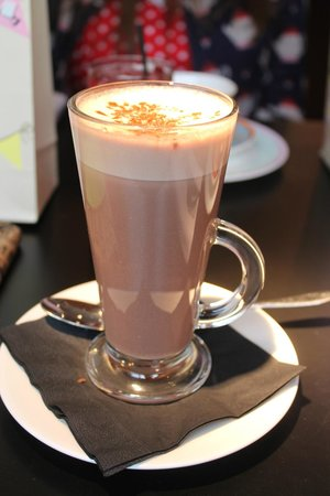 34 Windsor St Restaurant & Cocktail Bar: Lush Hot Chocolate!