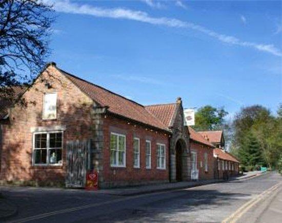 Edwinstowe, UK: getlstd_property_photo