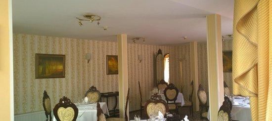 Bistra & Galina Hotel: Interior restaurant decor