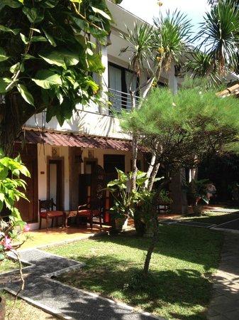 Puri Maharani Boutique Hotel & Spa: jardin