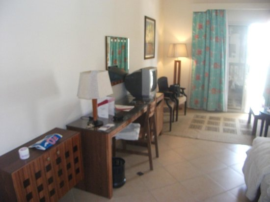 Xperience St. George Homestay: TV