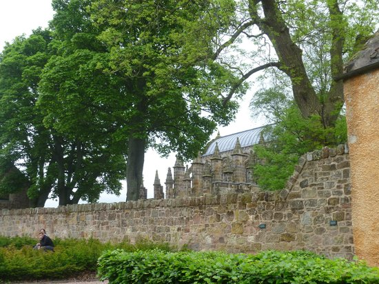 Rosslyn Chapel: My first view of the Chapel