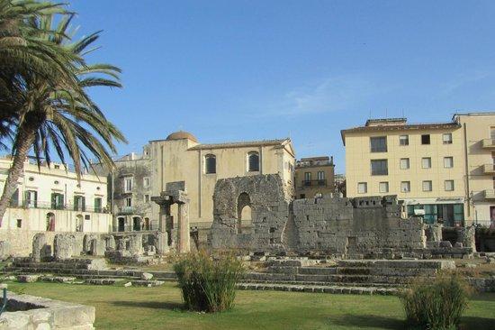 Tempel des Apollo (Tempio di Apollo): Tempio di Apollo