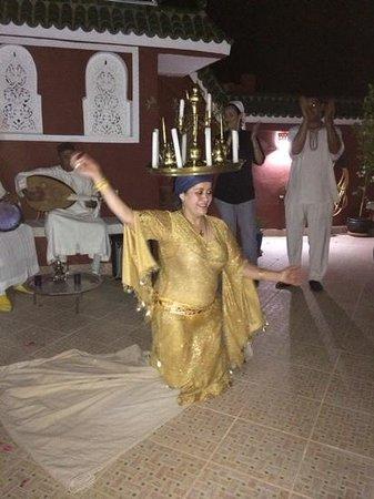 Riad Darija : Espectáculo