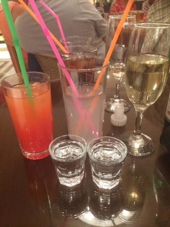 Zante Maris Hotel: a few drinks