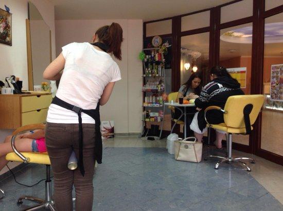 Kristal Hotel : Beautycenter