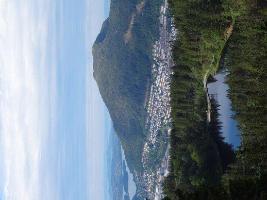 Vidden Trail between Mt. Floyen and Mt. Ulriken: View from the top