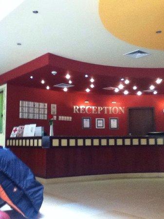 Kristal Hotel : Reception