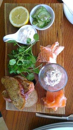 Venachar Lochside : 3 types of smoked Scottish fish