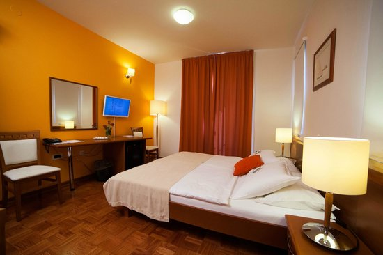 Hotel Manora: room