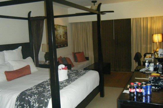 Secrets Wild Orchid Montego Bay: My room facing he window/ balcony