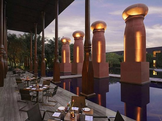 The Roseate New Delhi: International Cuine All Day Restaurant KIAN