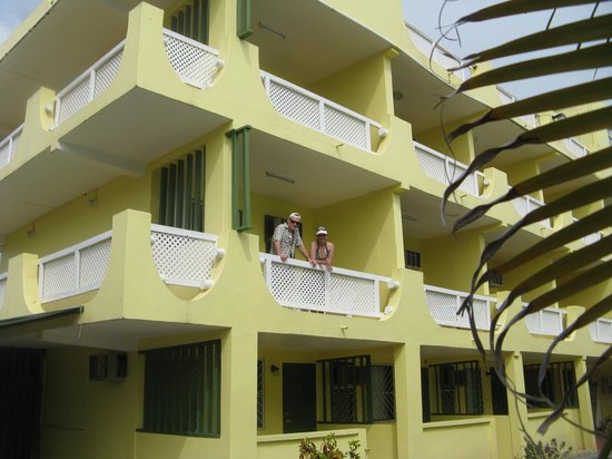 Meridian Inn: Our Corner Hotel Patio