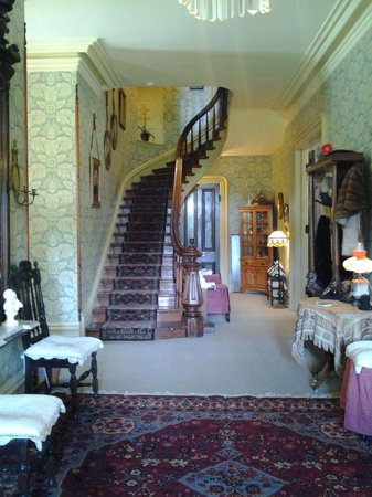 Garth Woodside Mansion Estate: Beautiful Entry and Stairway