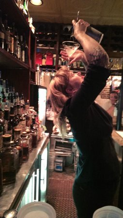 """Orleans Grapevine Wine Bar and Bistro: Sunshine """"Pouring"""" a Hand Grenade"""