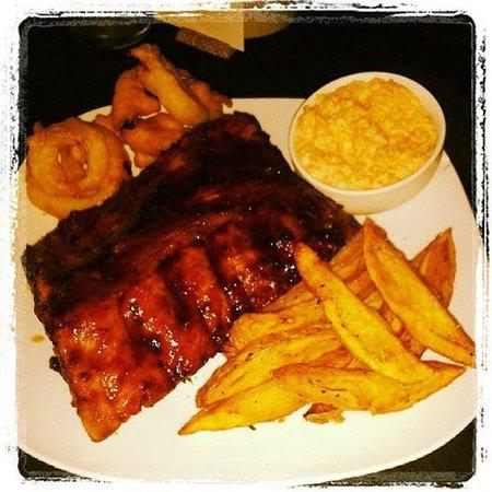 Roatan Oasis: Chipotle Glazed Baby Back ribs