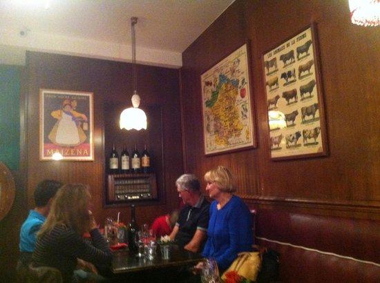 Le Berthoud: un angolo della sala
