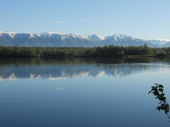 Alaska's Lake Lucille Bed & Breakfast: Photo from dock at B&B