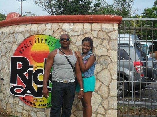 Gary's Jamaican Taxi & Tours: Rick's Cafe