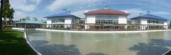 PortAventura Hotel Caribe: Grounds