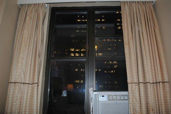 Hotel Carter: finestra