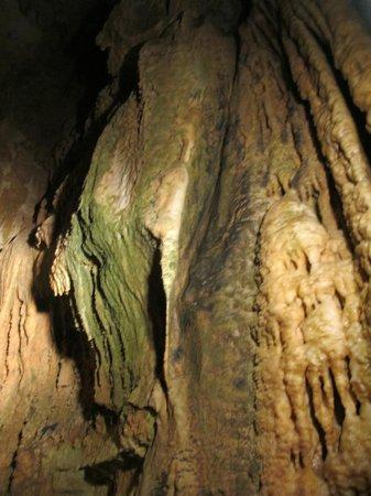 Onyx Cave : Ribbons