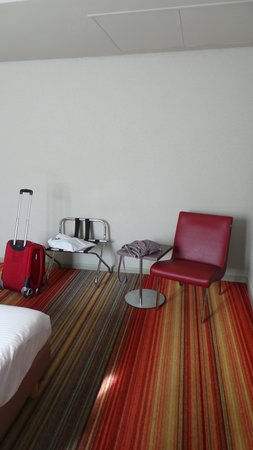 Alma Hotel: bedroom