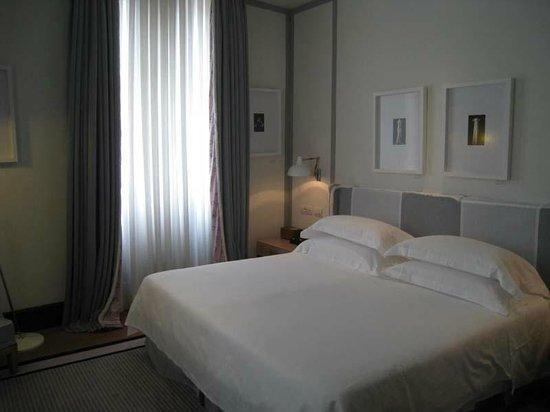Portrait Roma: Bedroom