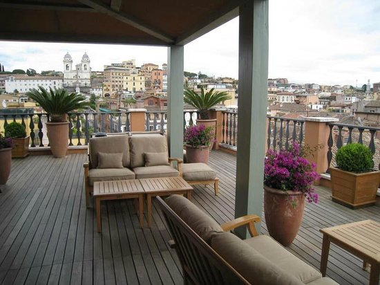 Portrait Roma: Rooftop terrace