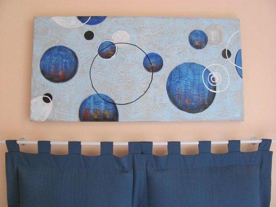 Merulana Suite 2: Au-dessus du lit dans notre chambre