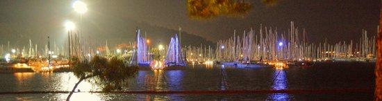 Sensimar Marmaris Imperial: Marina at night