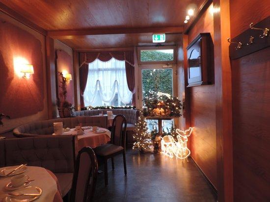 Hotel Alfa Muenchen: Decoração de Natal - Café da Manhã
