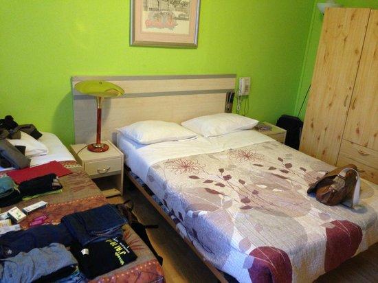 Hotel Albergo : Chambre