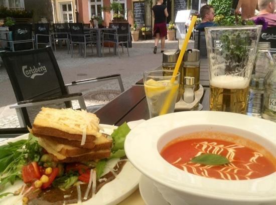 mon balzac: croque monsieur and tomato soup