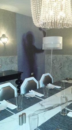 "Simon Mansion Restaurant: The ""bathroom"""