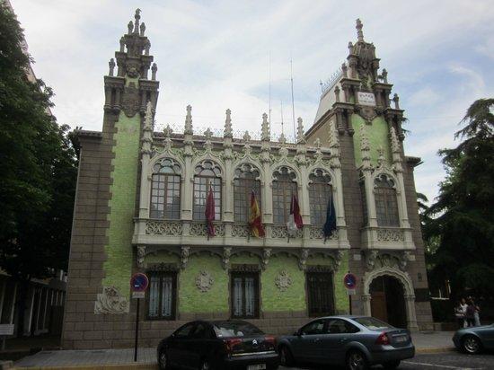 Museo Municipal de la Cuchillería: Vista exterior