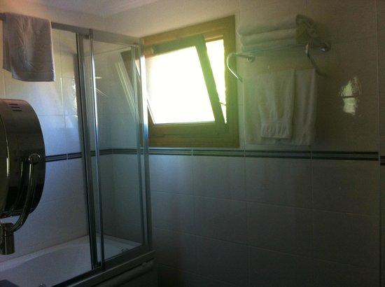 Istanbul Garden Suite : Bathroom
