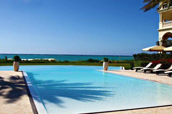 The Somerset on Grace Bay: The Infinity pool to beyond