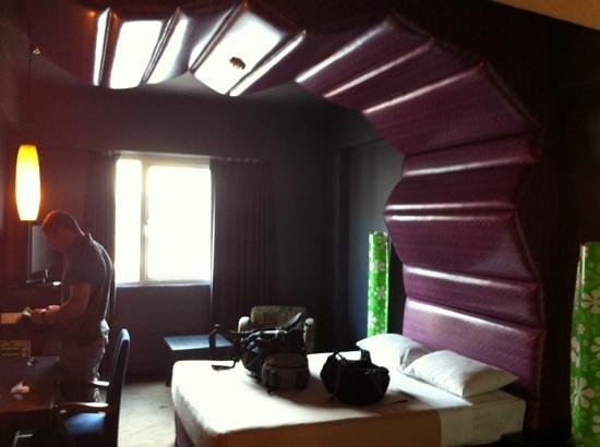 Strand Hotel: Awful and weird room decor
