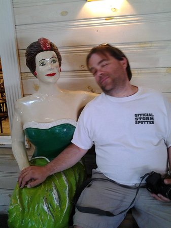 Wall Drug : My husband MAY have found him another woman LOL